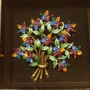 Joan Rivers Flower Bouquet Brooch